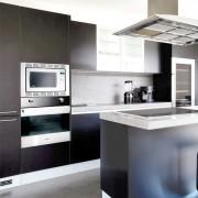 solid dark silver cocina